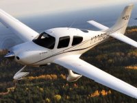 Learn To Fly - 30 Minute Lesson in a Cirrus SR20